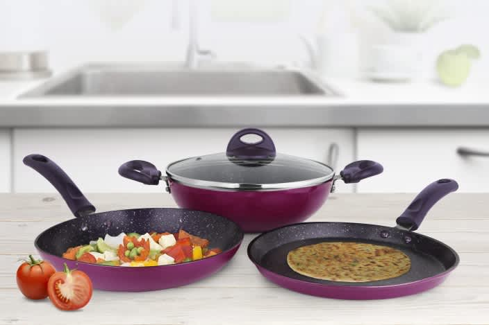 Pigeon Royal Induction Bottom Cookware Set  (Aluminium, 3 - Piece)